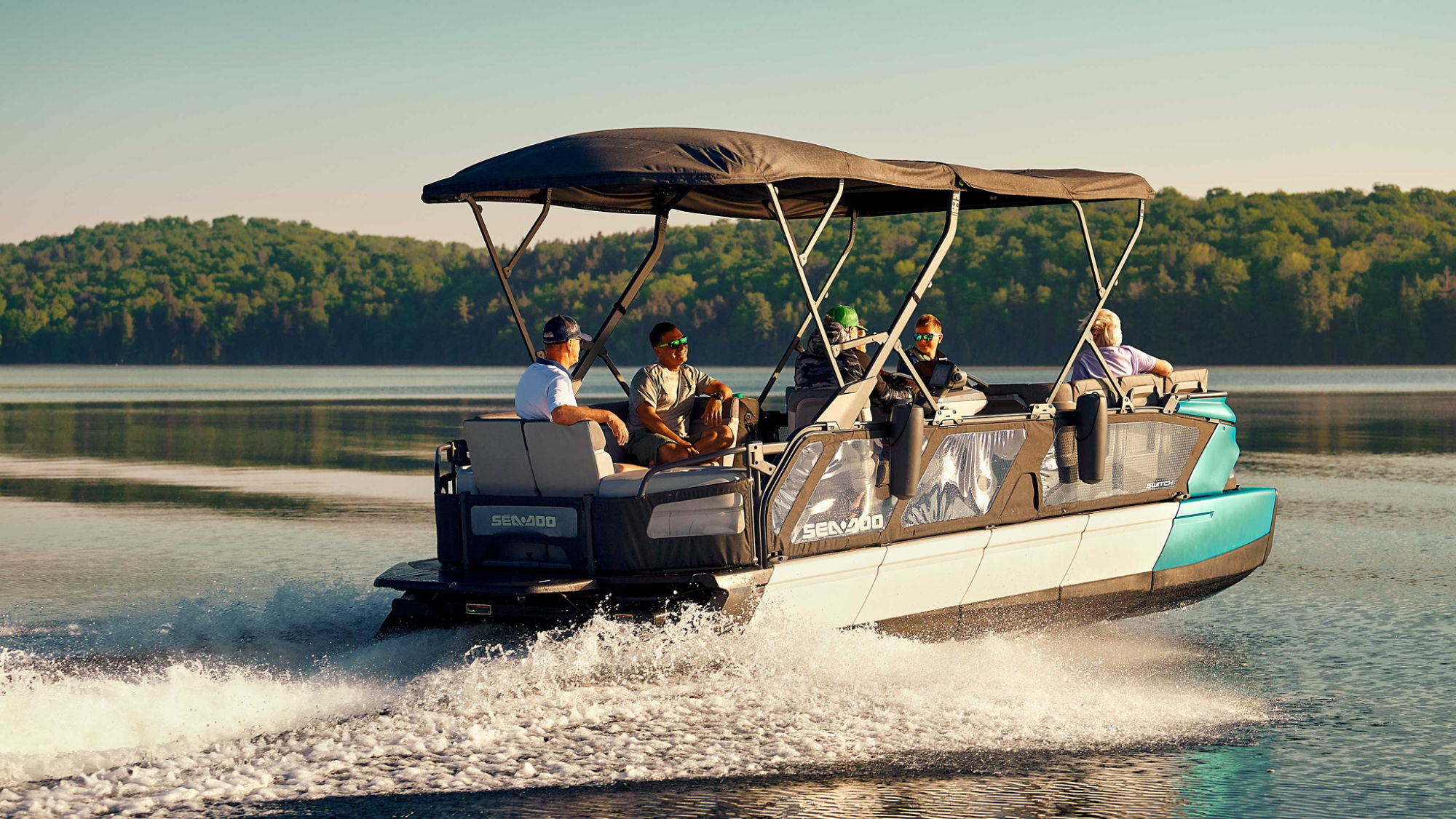 Switch Cruise: Ultimate in On-Water Comfort and Convenience